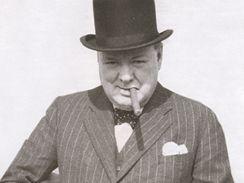 Winston Churchill se samopalem, Anglie 1941