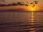 Z�pad slunce nad poho��m Olymp: Pokud chcete str�vit dovolenou v Leptok�rii, nem�li byste zapomenout nav�t�vit s�dlo �eck�ch boh�.