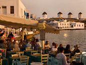 Ostrov v�trn�ch ml�n� - Mykonos
