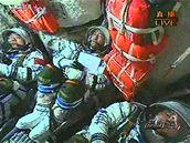 Posádka Sen-čou 7 krátce po vzletu.