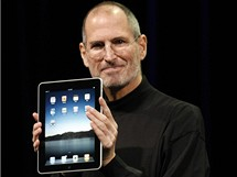 iPad - ��f Applu Steve Jobs p�edstavuje nov� tablet