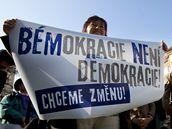 P�ed pra�sk�m magistr�tem prob�hla demonstrace proti politice veden� m�sta. (25. b�ezna 2010)