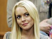 Lindsay  Lohanová strávila ve vězení místo tří měsíců jen 13 dní