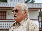 V boskovickém western parku začalo natáčení filmu Westernstory, do kin komedie zamíří příští rok v květnu (na snímku Pavel Landovský)