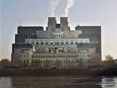 Sídlo britské zpravodajské slu�by MI6 v Londýn�.