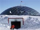 Vstup do polární stanice Amundsen-Scott