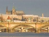 Hradčany a řeka Vltava, světoznámé symboly našeho hlavního města Prahy.