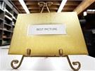 Tyto obálky budou do 27. února ukrývat jména vítězů Oscarů 2011.