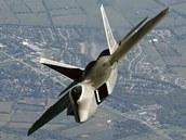 F-22 Raptor, považovaný za nejlepší stíhací letoun, který nyní je ve výzbroji. Američané ho exportovat nehodlají.