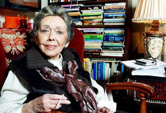 Rozhovor Barbory Tachec� s Ji�inou Jir�skovou.