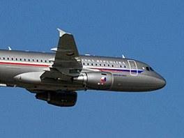 Armádní letoun Airbus A-319 CJ.
