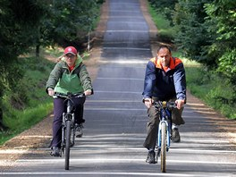 Cyklostezka Písečnice u Hradce Králové nabízí nebezpečný sjezd