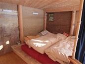 Vzhledem k velikosti stodoly je byt poměrně malý. Má vestavěné patro, takže jej můžeme dělit prakticky pouze horizontálně.