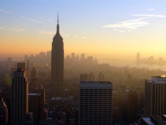 Po z��cen� budov p�i teroristick�ch �toc�ch 11. z��� 2001 se Empire State Building stala nejvy��� budovou New Yorku a t�et� nejvy��� v USA.
