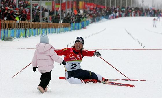 V posledním olympijském závodě kariéry získala česká běžkyně Kateřina Neumannová vytouženou zlatou medaili.
