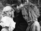 Ond�ej Soukup s G�binou Osvaldovou a synem Franti�kem (1984)