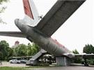 Zn�m� olomouck� letadlo, sov�tsk� Tupolev TU-104A, kter� stoj� u baz�nu od roku...