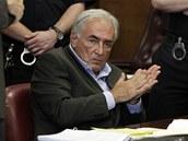 Bývalý šéf MMF Dominique Strauss-Kahn u soudu v New Yorku (19. května 2011)
