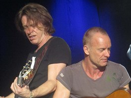 Dominic Miller a Sting