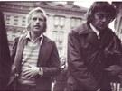 Václav Havel a dal�í disident Ji�í N�mec, jak je v zá�í 1976 vyfotila StB na...