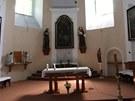 Kostel sv. Petra z Alkantary v Karviné, který je nakloněn o 6.8 stupně jižně a poklesl o 32 metru.