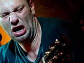 Xavier Baumaxa dává do koncertů všechno, tentokrát do nich ale přidával i svůj boj s únavou.