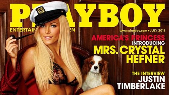 Obálka časopisu Playboy, kde je Crystal Harrisová představena jako paní Crystal