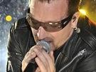 Glastonbury 2011 - Bono při vystoupení U2