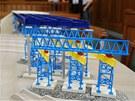Maketa mostní konstrukce ve Studénce v soudní síni.
