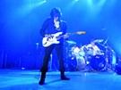 Jeff Beck (Praha, Tesla Arena, 23. 6. 2011)