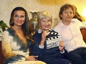 Z natáčení třetí řady seriálu Vyprávěj (zleva Mahulena Bočanová, Nina Divíšková
