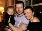 Alice Bendová na starším snímku s dcerou Alicí a nyní již exmanželem Václavem...