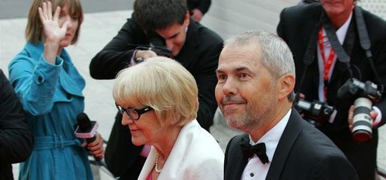 MFFKV 2011 - Marek Eben doprovází Evu Zaoralovou (Karlovy Vary, 1. července