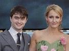 Premi�ra filmu Harry Potter a Relikvie smrti - ��st 2: Daniel Radcliffe, J. K.