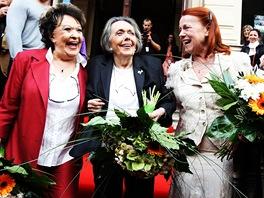 MFFKV 2011 - Herečky Jiřina Bohdalová, Jiřina Jirásková a Iva Janžurová uvedly