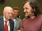 Režisér Otakar Vávra a bosenský filmař Emir Kusturica, který byl jedním z mnoha Vávrových žáků.