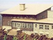 Klub českých turistů postaví na Lysé hoře repliku původní Bezručovy chaty.