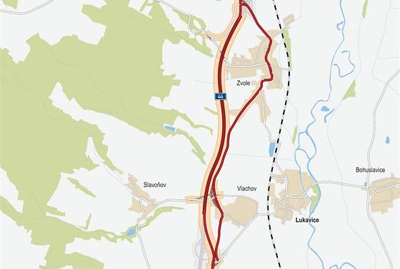 Obchvat Zvole (oranžově zvýrazněná trasa) odvede dopravu od domů místních či