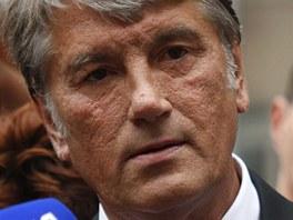 Během procesu s Julijí Tymošenkovou svědčil i její někdejší spojenec Viktor Juščenko (17. srpna 2011).