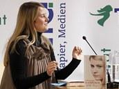 Raku�anka Natascha Kampuschov� ve V�dni p�ed�itala ze sv� knihy o �ivot� v