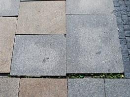 Přesnost? Tu na Masarykově náměstí v Ostravě určitě nehledejte.