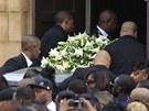 Londýn pohřbívá Marka Duggana (9. srpna 2011)