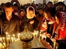 Zádušní mše za oběti leteckého neštěstí v katedrále v Jaroslavli. (8. září 2011)