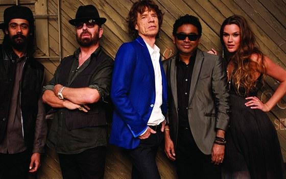 Super Heavy (zleva Damian Marley, Dave Stewart, Mick Jagger, A. R. Rahman a
