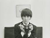 George Harrison ve filmu George Harrison: Living in the Material World, který