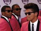 MTV 2011 - Bruno Mars na červeném koberci