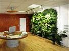 Vertik�ln� zahrady pot�ebuj� minimum m�sta, vzorkovna firmy N�mec - luxusn�