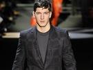 Trendy pánská móda: šedé obleky (Louis Vuitton)