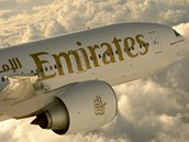 Letoun Boeing 777-300 letecké spole�nosti Emirates, která je chloubou Spojených...