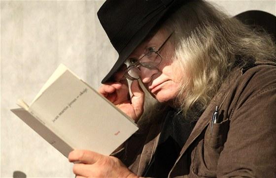 Básník, publicista a kritik Ivan Martin Jirous (na snímku z 25. května 2011)